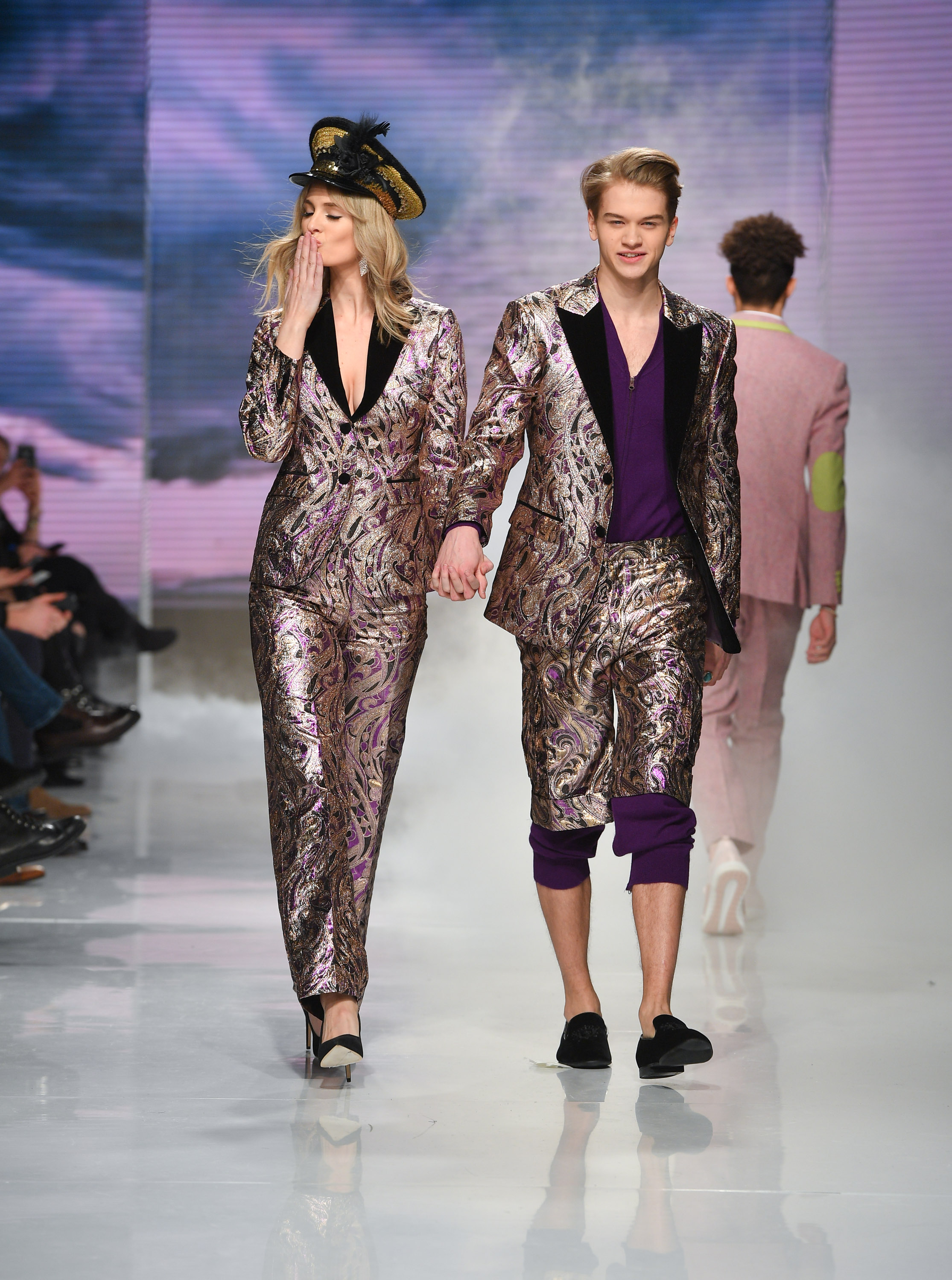 To acquire Fashion toronto week fall lineup pictures trends